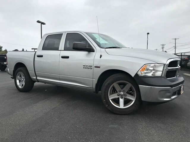Pre-Owned 2015 RAM 1500 Tradesman/Express