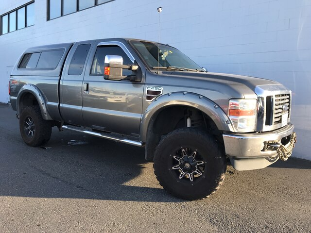 Pre-Owned 2010 Ford F-250 Lariat