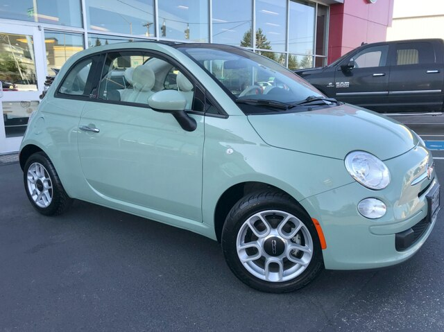 Pre-Owned 2015 FIAT 500c Pop